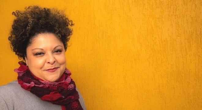 Fabiana Cozza faz sucesso em Cuba cantando Bola de Nieve