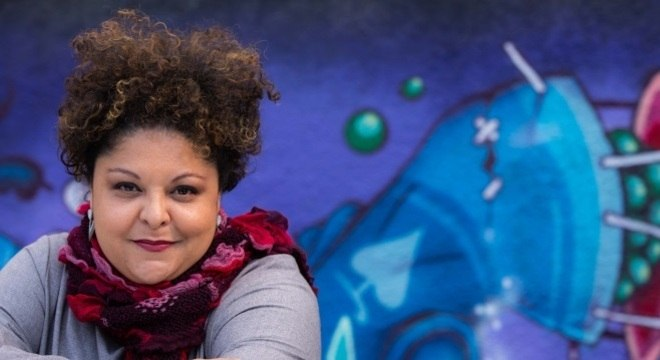Fabiana Cozza: talento amplificado pelo vozeirão