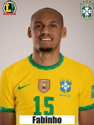 Fabinho- 6,0 - Ditou o ritmo do meio-campo brasileiro, girando a bola de uma lado para o outro com tranquilidade. Na marcação, não comprometeu e foi bem nas coberturas.