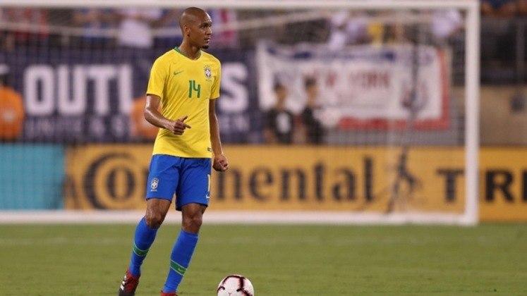 Fabinho – Apesar das boas temporadas que o jogador tem feito com o Liverpool, segue sendo reserva na Seleção e recebe poucas oportunidades.