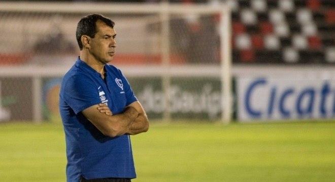 Carille pode conquistar mais um título pelo Corinthians