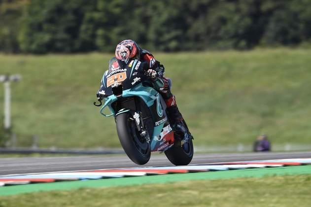 Fabio Quartararo liderou o primeiro dia de atividades da MotoGP em Brno. Confira as principais imagens que marcaram a sexta-feira de treinos