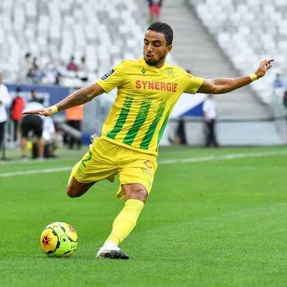 FÁBIO – Um dos gêmeos, o lateral brasileiro está no Nantes, da França e poderia ser opção no Brasil.