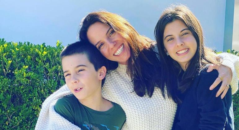 Fabiola é mãe de Tayo, 12 anos (com dislexia e TDA) e Layla, 14 anos (com dislexia e discalculia)