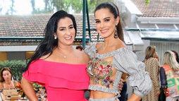 Fabiola Gadelha sobe no palco e rebola na festa de aniversário de Vera Viel ()