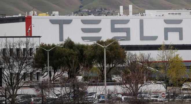 Fábrica da Tesla em Fremont, na Califórnia, nos Estados Unidos