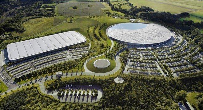 Fábrica da McLaren onde serão produzidos ventiladores
