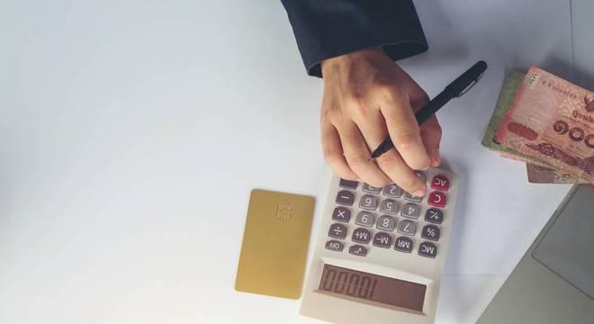 Faça sua organização financeira no começo de cada mês