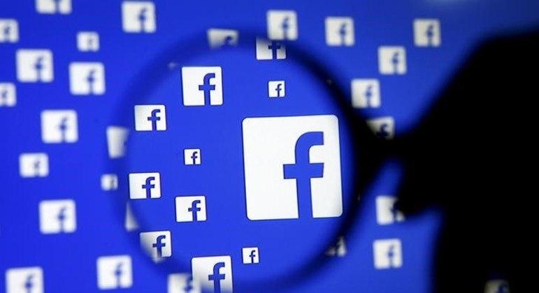 A rede derrubada pelo Facebook espalhava notícias falsas sobre os imunizantes da AstraZeneca e da Pfizer