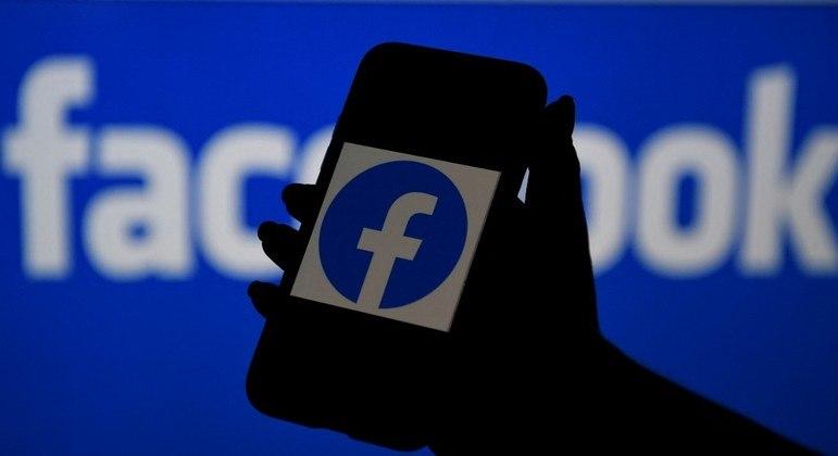 Congressistas dos EUA debatem lei para regulamentar 'Big Techs'