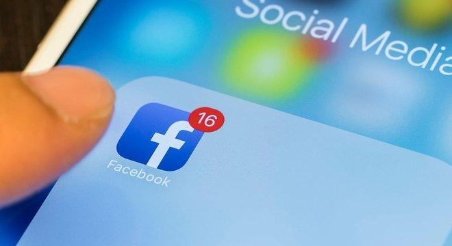 O Facebook também usa seu número para fins publicitários