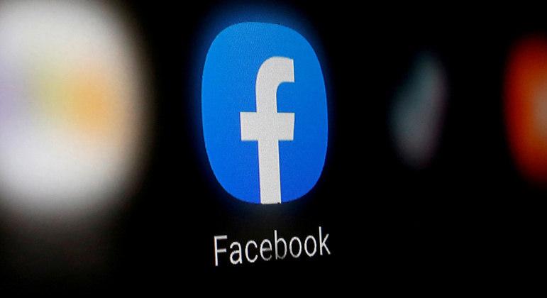 """Facebook vai remover postagens com a frase """"parem com o roubo"""""""