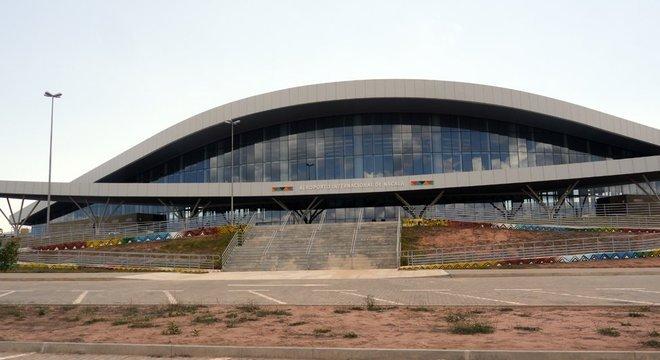 Fachada do Aeroporto Internacional de Nacala, em Moçambique, no final de 2017; obra foi financiada pelo BNDES, mas Moçambique parou de pagar.