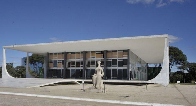 STF vai analisar pedido da Confederação Nacional do Turismo