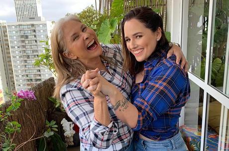 Live de Fafá vai ter participação da filha, Mariana