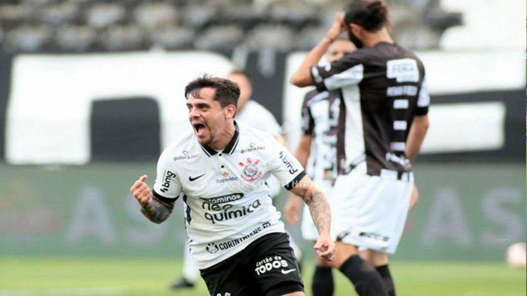 FAGNER: Fagner segue no Corinthians, mas é outro atleta que deixou de ser convocado por Tite