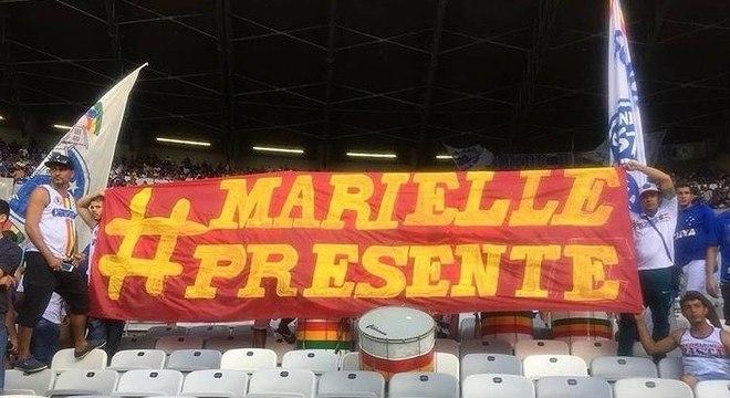 Polícia proíbe manifestações em favor de Marielle em estádios