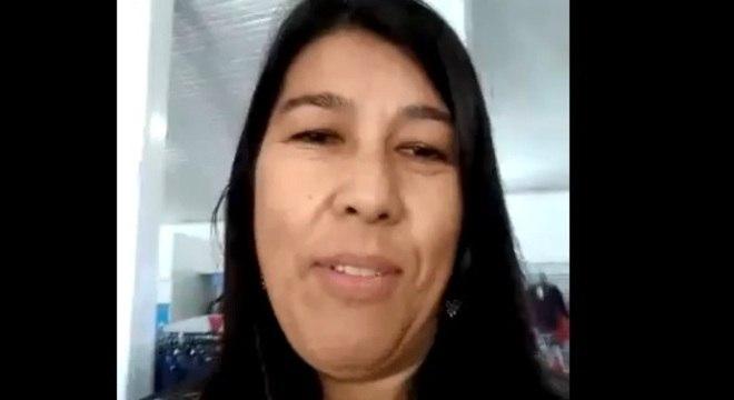 Valdete gravou vídeo dentro de loja de roupas