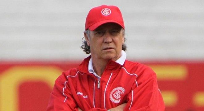 Falcão nunca teve uma carreira sólida como treinador. Começou pela Seleção Brasileira, tem três passagens pelo Internacional, passou por Sport e Bahia, entre outros.