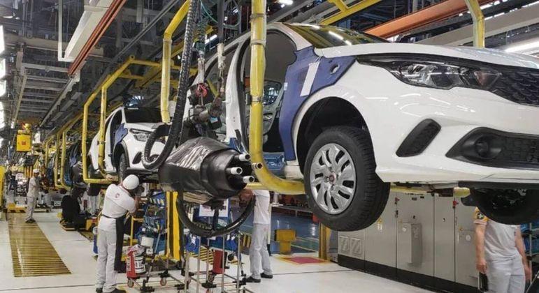 Complexo industrial da Fiat em Betim, em Minas Gerais, foi paralisado por duas vezes