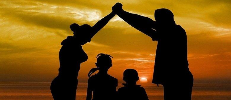 Ter uma família é ter uma casa. E ter uma boa casa é ótimo para a sociedade