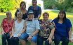 Não faz nem dez dias da morte de Diego Maradona e as confusões familiares pela herança e memória do ídolo argentino não param de aparecer. Desta vez, Ana Maradona, a irmã mais velha do craque falou ao programa 'Los Ángeles de la Mañana', para rebater críticas recebidas e responder a Dalma e Giannina, filhas do primeiro casamento do ex-jogador