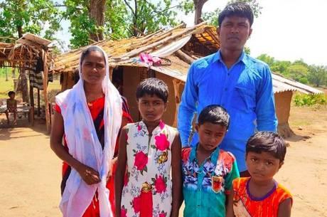 Pastor assassinado e sua família, na Índia
