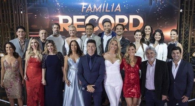 Especial reuniu apresentadores, atores e jornalistas da RecordTV