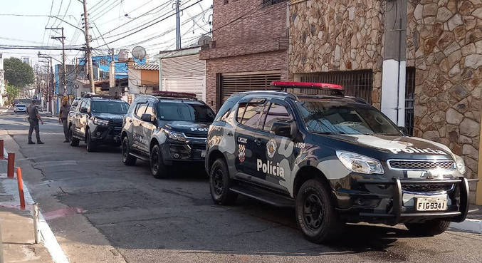 Polícia foi acionada após família ser feita refém em São Paulo