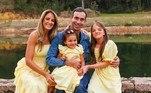 Tici e Tralli também fizeram fotos com a filha Manu e a aniversariante