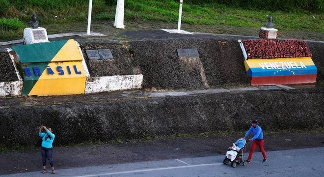 Cerca de 370 venezuelanos pedem refúgio ou residência temporária no Brasil a cada dia