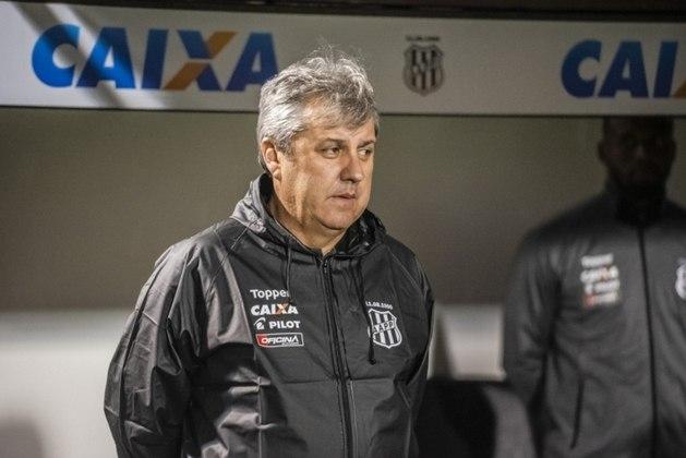 Famoso por ter levado a Ponte Preta de volta a Série A em 2011 e por boas campanhas no Campeonato Paulista, Gilson Kleina comandou a Macaca em três ocasiões