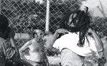 Durante passagem pelo Brasil em 1980, Bob Marley ganhou uma camisa do Santos de presente. Ele era apaixonado pelo esporte e fã de Pelé e já foi visto jogando futebol com o uniforme do Peixe