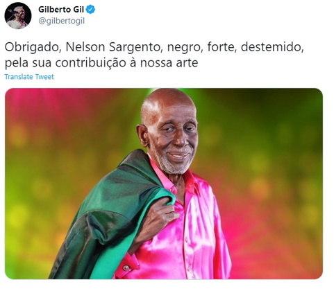 O cantor Gilberto Gil homenageou o músico com uma foto: