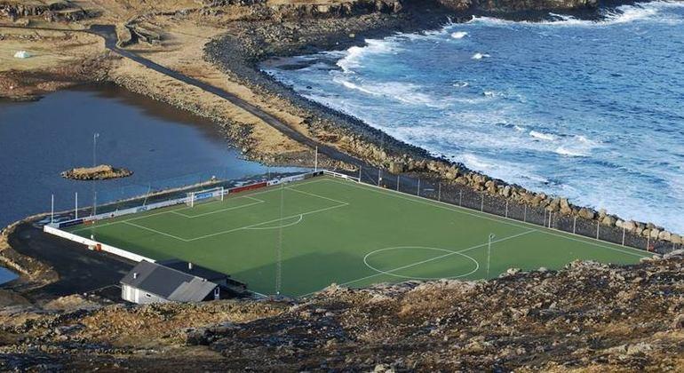 O bucólico estádio das Ilhas Far Oer