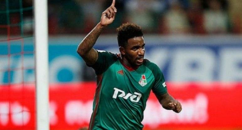 Farfán (36 anos) - Seleção: Peru - Último clube: Lokomotiv Moscou - Sem contrato desde agosto de 2020 - Valor: 500 mil euros.