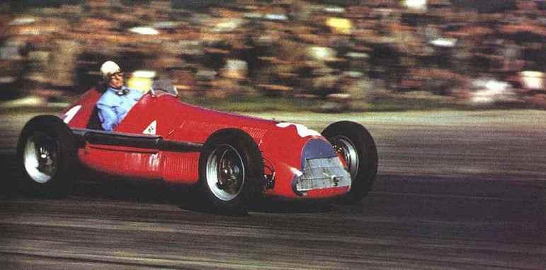 Farina voltou a ser o líder do recorde empatado com Fangio ainda em 1950, quando venceu pela terceira vez na categoria. Última vez que o veremos por aqui