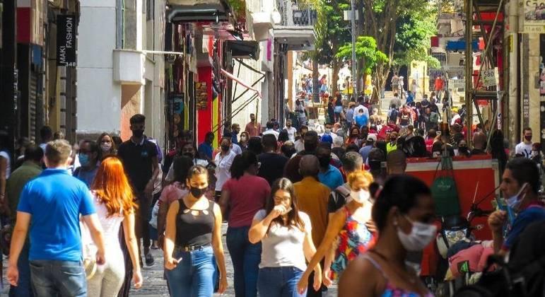 São Paulo volta para fase vermelha após 28 dias em etapa emergencial