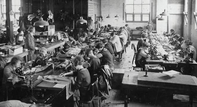 Fases da Revolução Industrial - História e principais características