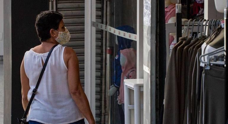 Regiões de São Paulo poderão avançar para fase laranja a partir de sexta-feira (9)