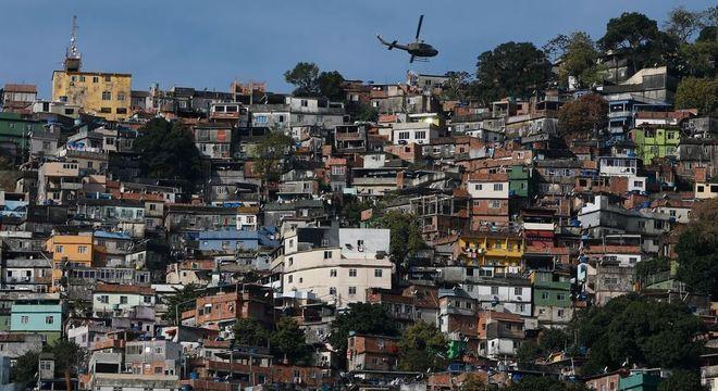 Quase 90% dos moradores de favelas conhecem alguém com covid-19