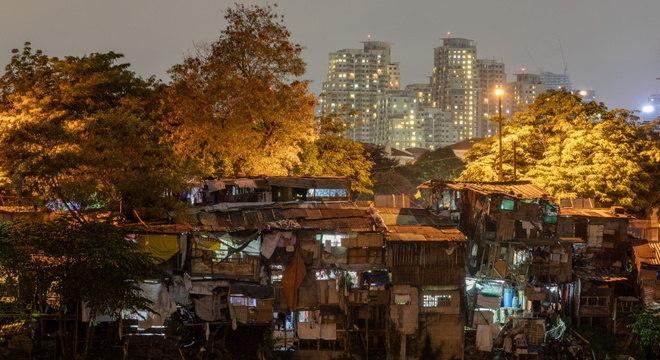 Pasig City, favela em Manila, nas Filipinas: urbanização aumenta em países mais pobres
