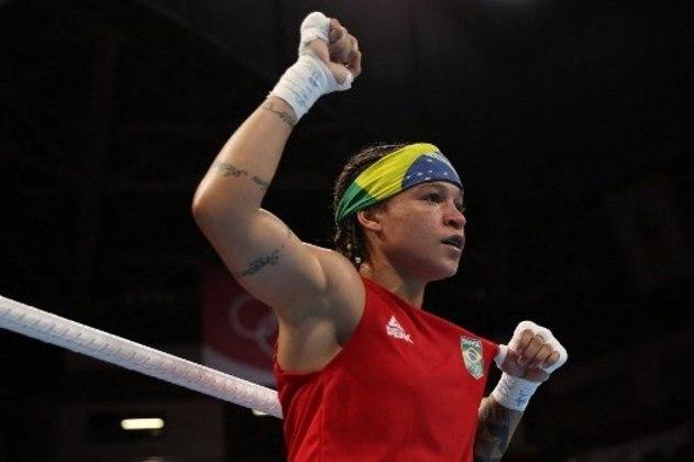 Favorita ao ouro, Beatriz Ferreira participa da semifinal do boxe, peso leve, às 2h, contra uma lutadora finlandesa. Se perder, fica com o bronze. Se passar, vai à final