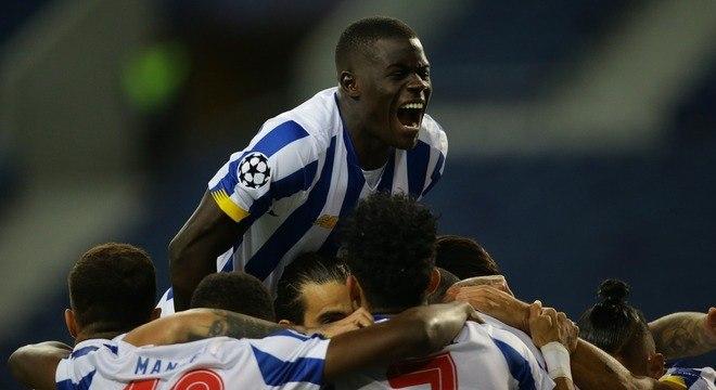A euforia do Porto pelo triunfo sobre o Marseille, 3 X 0