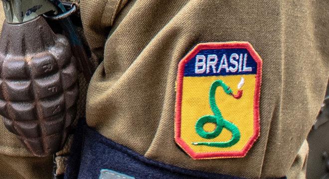 FEB, o símbolo da cobra e do cachimbo