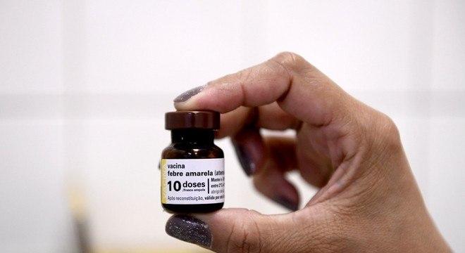 Prefeitura irá visitar 13 mil imóveis para vacinar pessoas contra febre amarela