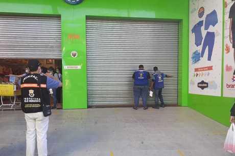 Loja foi a primeira a ser fechada após a reabertura
