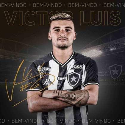 FECHADO - A felicidade marcou a apresentação de Victor Luís. O lateral-esquerdo vestiu a camisa do Botafogo pela primeira vez desde o retorno ao clube nesta quinta-feira. Em entrevista coletiva realizada de forma virtual, na