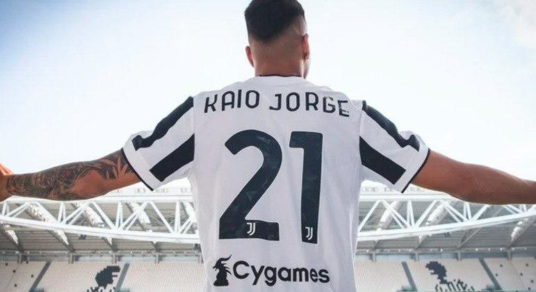 Juventus anunciou a contratação do atacante brasileiro Kaio Jorge, revelado pelo Santos