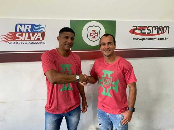 FECHADO - A Portuguesa Santista anunciou o seu treinador para a disputa da Copa Paulista 2020, que está prevista para começar em outubro: Axel. Ele chega com ligação especial com o clube, afinal, tem duas passagens pela Rubro Verde como jogador.